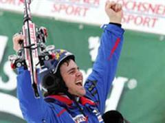 Marc Berthod jubelt als Sieger.