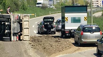 Der Autobahnabschnitt musste gesperrt werden.