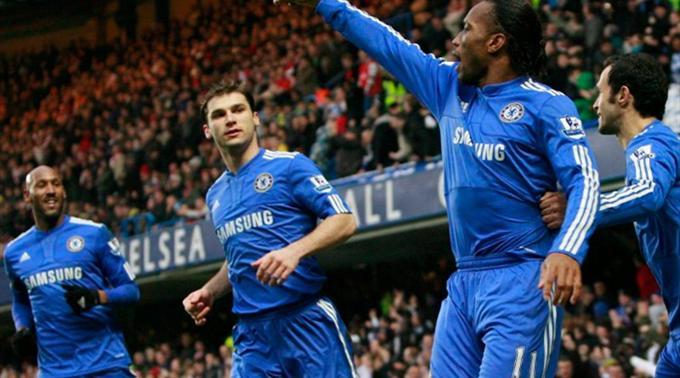 Die jubelnden Chelsea-Spieler (v.l.n.r.): Nicolas Anelka, Branislav Ivanovic, Didier Drogba und Ricardo Carvalho.