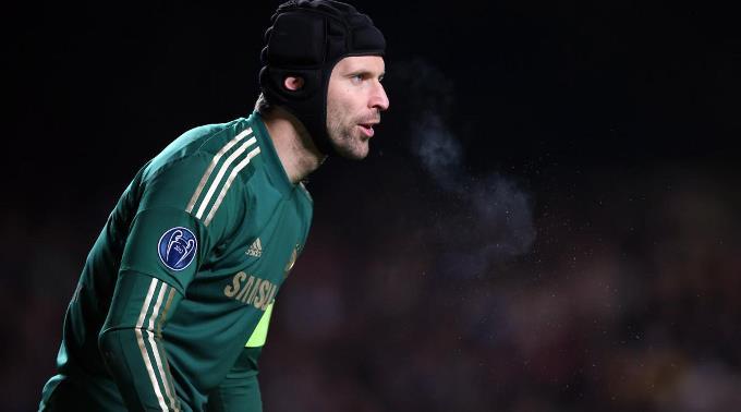 Petr Cech ist im Visier der «Gunners».
