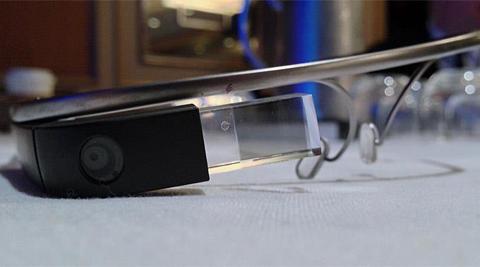 Google Glass bekommt einen weiteren Konkurrenten.