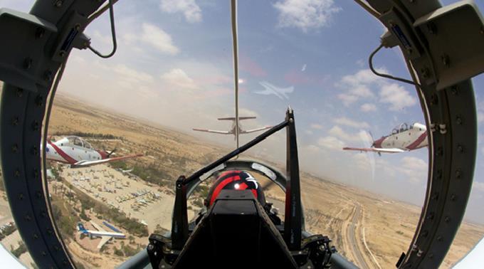 Cockpit eines IAF Piloten.