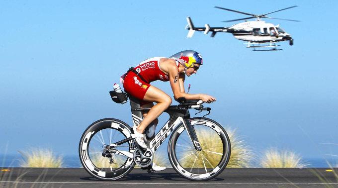 Daniela Ryf fuhr in Dubai der Konkurrenz davon. (Archivbild)