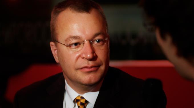 Stephen Elop wechselt zu Telstra.